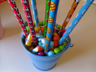 Pencil Bouquet Tutorial featured by top US sewing blog, Ameroonie Designs