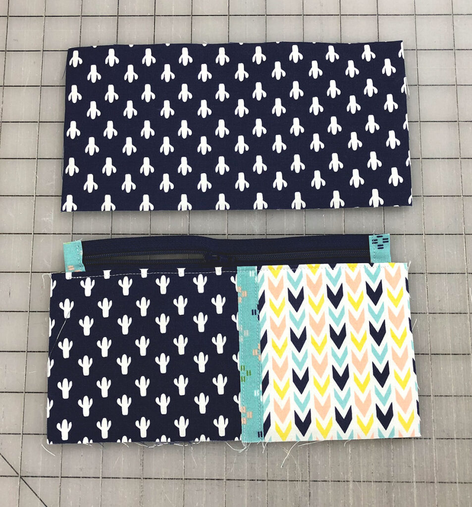 add back to zipper pouch