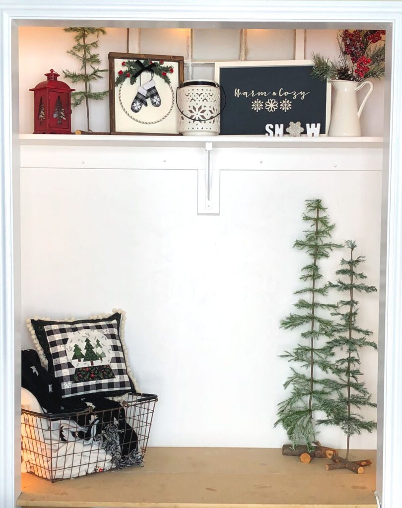 DIY Winter Decor Sign from top US craft blogger Ameroonie Designs: image of entryway with winter home decor.